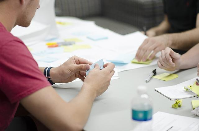 Como manter a confiança durante a mudança organizacional