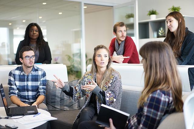 Gerenciar jovens exigentes não precisa ser trabalho árduo