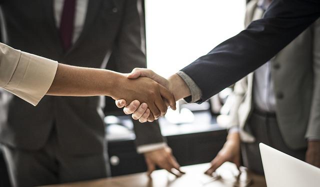 7 etapas para identificar e resolver conflitos no trabalho